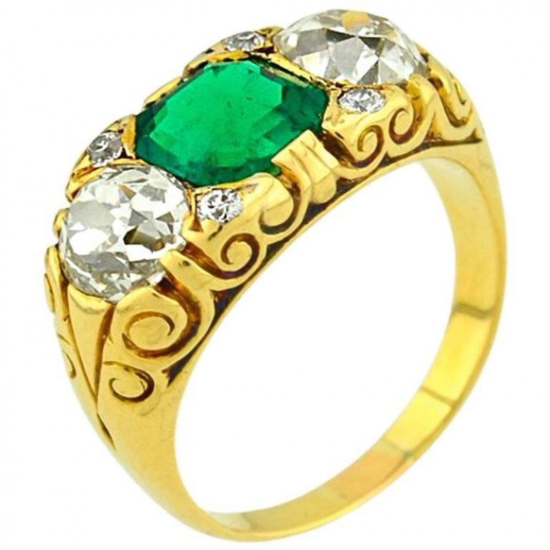 Victorian Columbian Emerald and Diamond Gold Ring