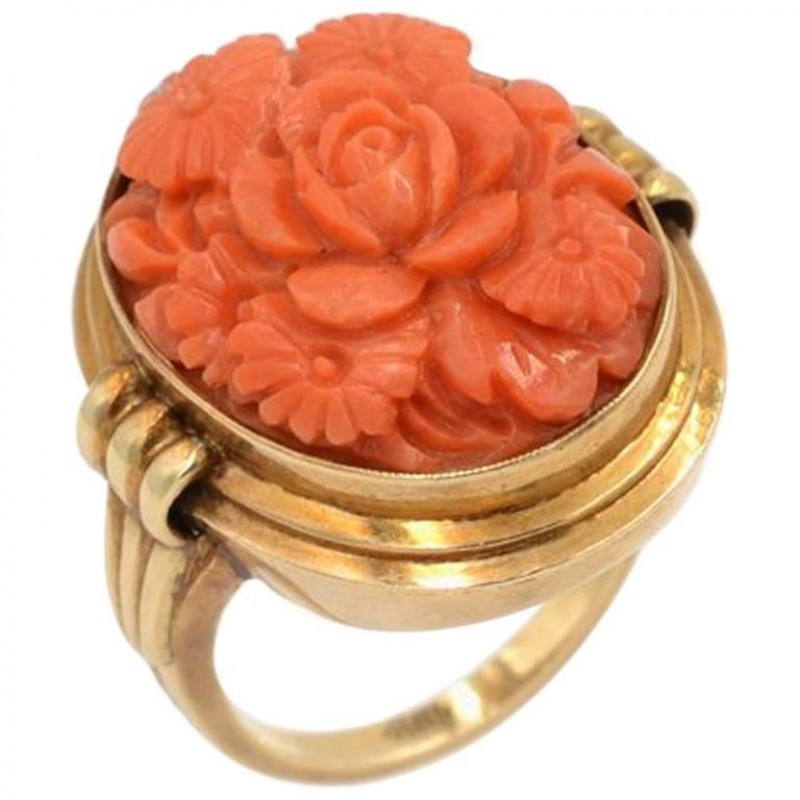 Vintage Carved Coral and 14K Gold Ring