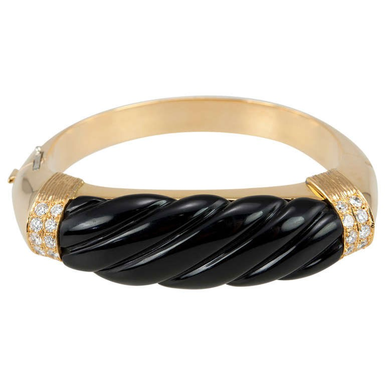 Nardi Gold Bangle w/ Onyx & Diamonds