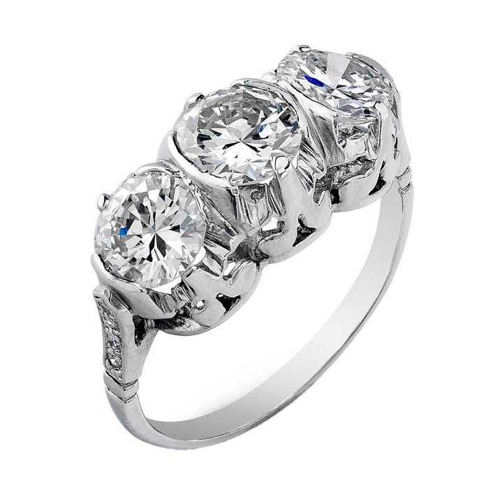 Art Deco Three Diamond Platinum Ring