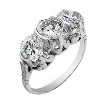 Art Deco Three Diamond Platinum Ring