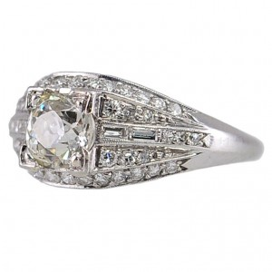 Elegant Deco Diamond Ring