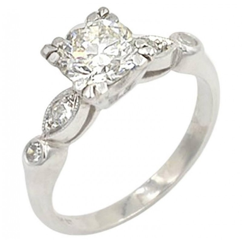 Vintage 0.93 Carat Round Diamond and Platinum Engagement Ring Circa 1940