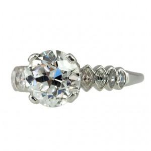 GIA Certified 2.37 Carat Old European Cut Diamond and Plaintum 1930s Ring